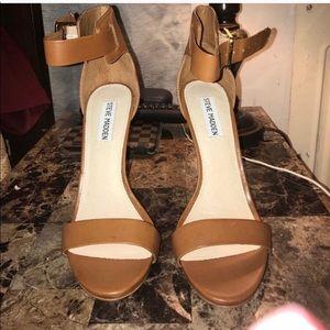Steve Madden chestnut heels